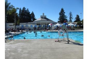 Menlo Park Community Holds Party At Belle Haven Pool News Almanac Online