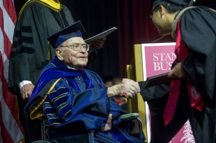Woodside's Arjay Miller, former dean of Stanford business